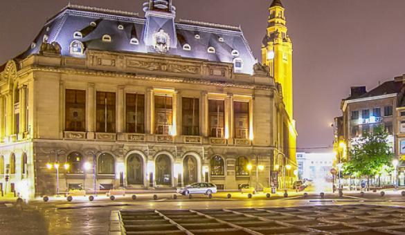Réussir une première rencontre à Charleroi.